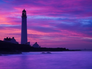 Screenshot №1 pro téma Lighthouse under Purple Sky 320x240