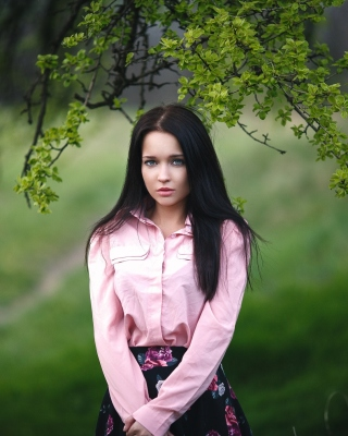 Angelina Petrova Girl Background for HTC Titan