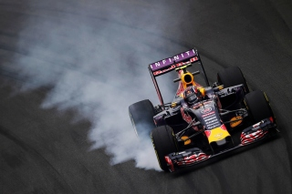Red Bull F1 Infiniti Picture for Samsung Galaxy Ace 4