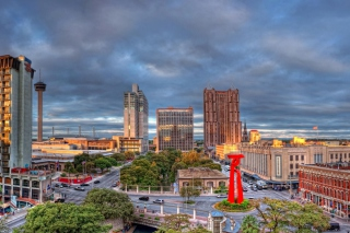 San Antonio in Texas HDR Wallpaper for Android, iPhone and iPad