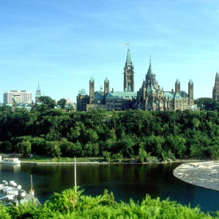 Ottawa Canada Parliament Picture for iPad 2