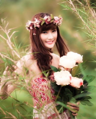 Free Cute Asian Flower Girl Picture for Nokia Lumia 2520