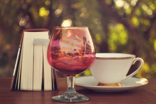 Perfect day with wine and book - Obrázkek zdarma pro 1024x600