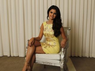 Selena Gomez para LG 900g