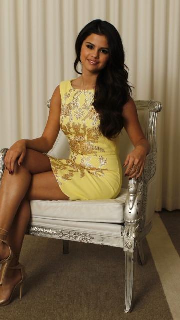 Selena Gomez for Nokia C5-05