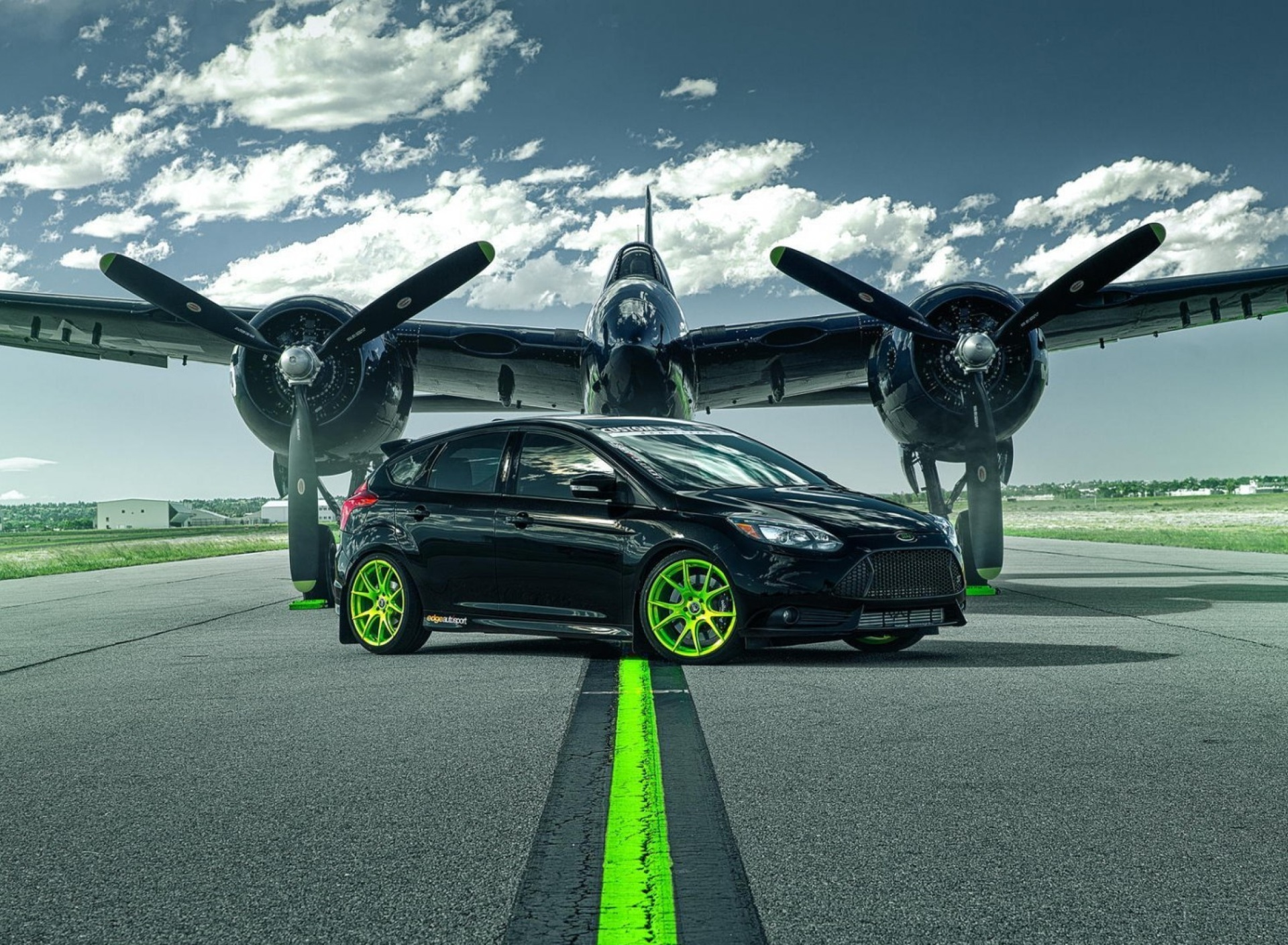 Screenshot №1 pro téma Ford Focus ST with Jet 1920x1408