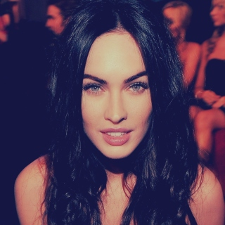 Megan Fox Portrait papel de parede para celular para iPad mini