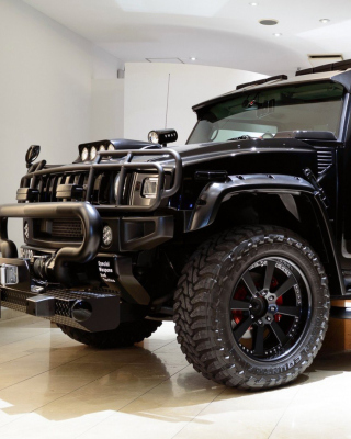 Hummer H2 for Swat Background for Nokia Asha 311