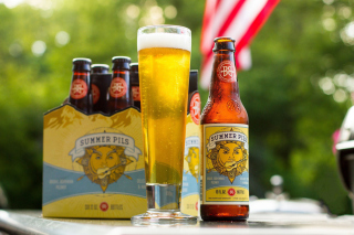 Free Summer Pils Picture for Android, iPhone and iPad