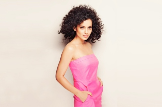 Curly Kangana Ranaut sfondi gratuiti per cellulari Android, iPhone, iPad e desktop
