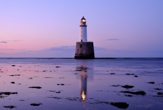 Kostenloses Lighthouse In Scotland Wallpaper für Android, iPhone und iPad