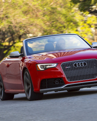 Audi RS5 Cabriolet sfondi gratuiti per iPhone 6 Plus