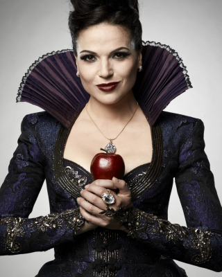 Обои Evil Queen by Lana Parrilla на телефон 750x1334