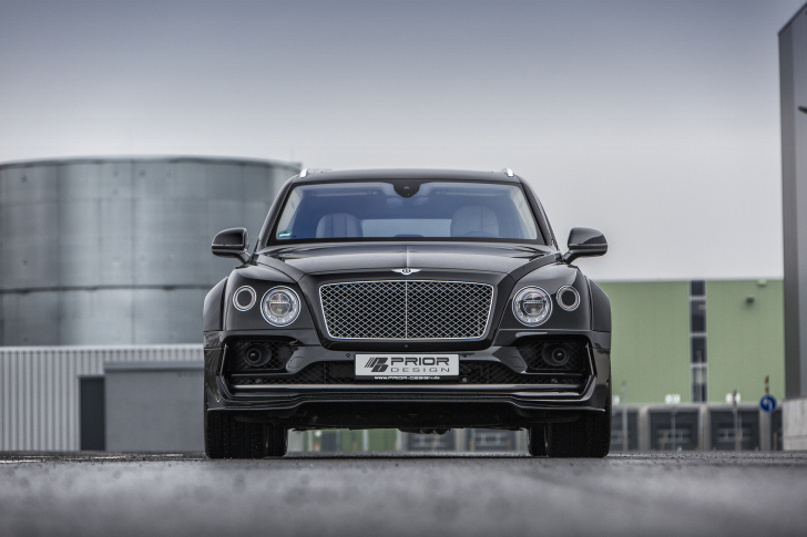 Bentley Bentayga SUV wallpaper