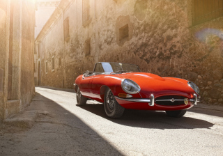 Free Jaguar E-Type Picture for Sony Xperia Z2 Tablet