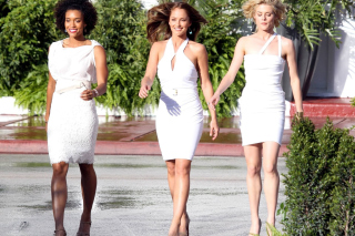 Free Charlies Angels Picture for Samsung Galaxy Note 2 N7100