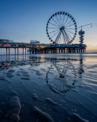 Scheveningen Pier in Netherlands Background for 480x640