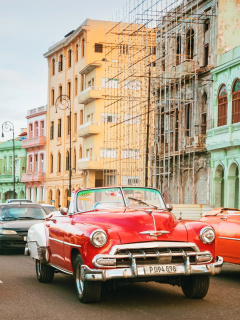 Screenshot №1 pro téma Cuba Retro Cars in Havana 240x320