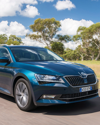 Skoda Superb 2016 sfondi gratuiti per iPhone 6 Plus