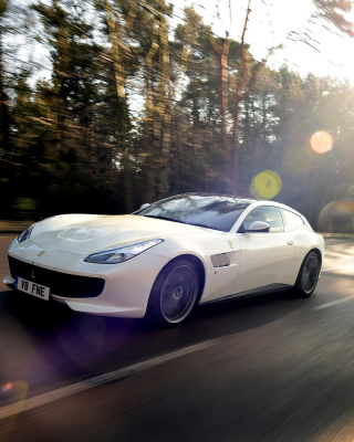 Ferrari GTC4Lusso Picture for HTC Titan