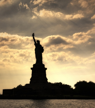 Statue Of Liberty New York America Background for HTC Titan