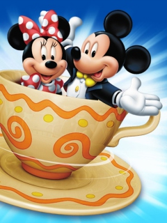 Screenshot №1 pro téma Mickey And Minnie Mouse In Cup 240x320