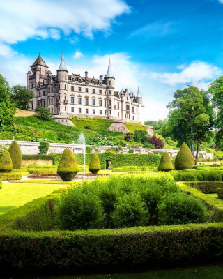 Dunrobin Castle in Scotland Background for HTC Titan