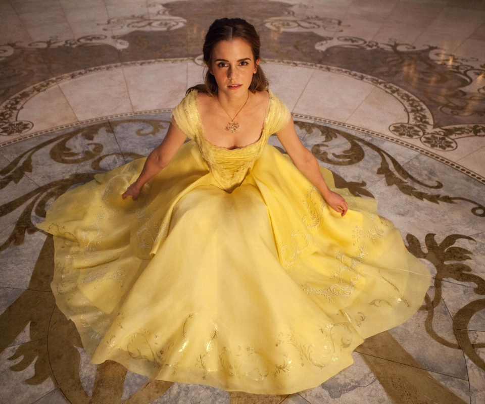 Emma Watson in Beauty and the Beast screenshot #1 960x800