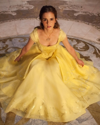 Emma Watson in Beauty and the Beast papel de parede para celular para 480x640