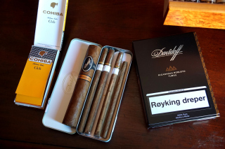 Davidoff and Cohiba Cigars Wallpaper for Motorola DROID