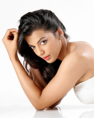 Mugdha Godse Background for Nokia Asha 306