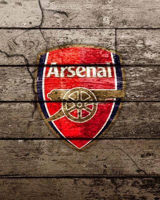 Wooden Arsenal Badge Wallpaper for Nokia C5-06