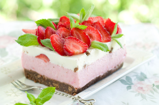 Strawberry Cake Background for Samsung I9080 Galaxy Grand