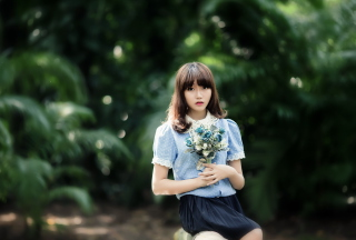Cute Asian Model With Flower Bouquet sfondi gratuiti per cellulari Android, iPhone, iPad e desktop
