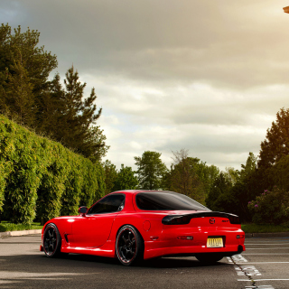 Free Mazda RX-7 Picture for iPad mini