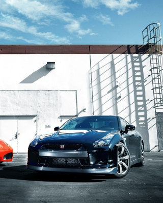 Nissan Gtr Picture for HTC Titan