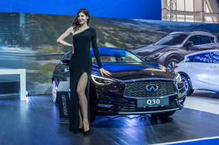 Infiniti Q30 Frankfurt Auto Show Background for Android, iPhone and iPad
