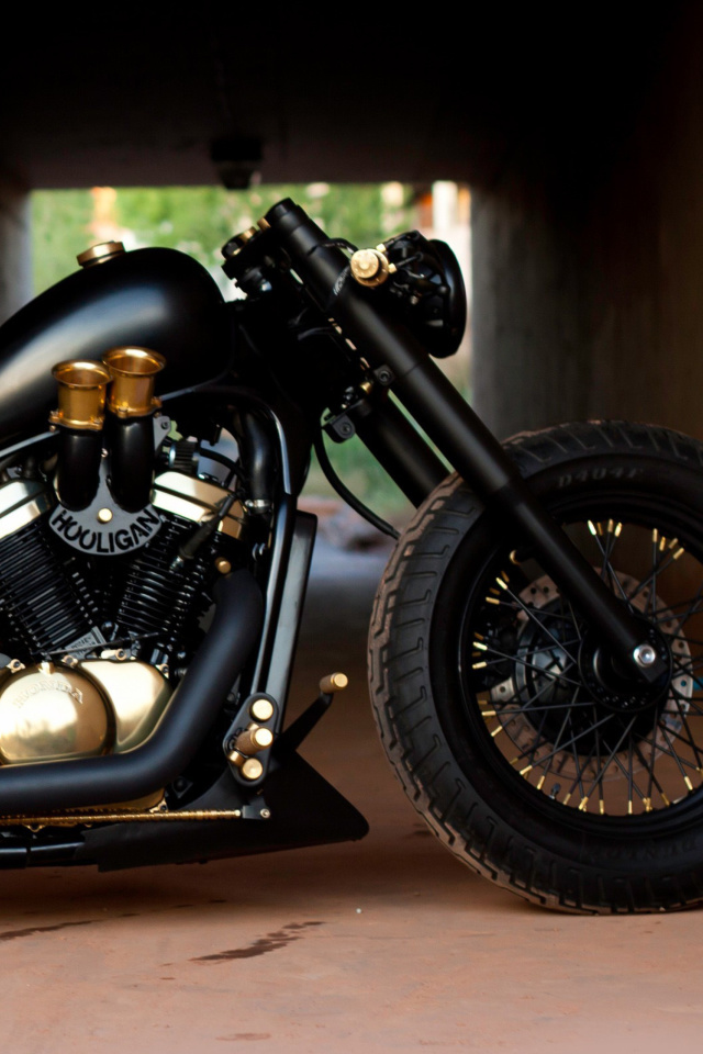 Screenshot №1 pro téma Bobber Hooligan Bike 640x960