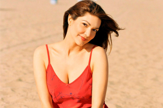 Free Laura Harring Picture for Android 480x800