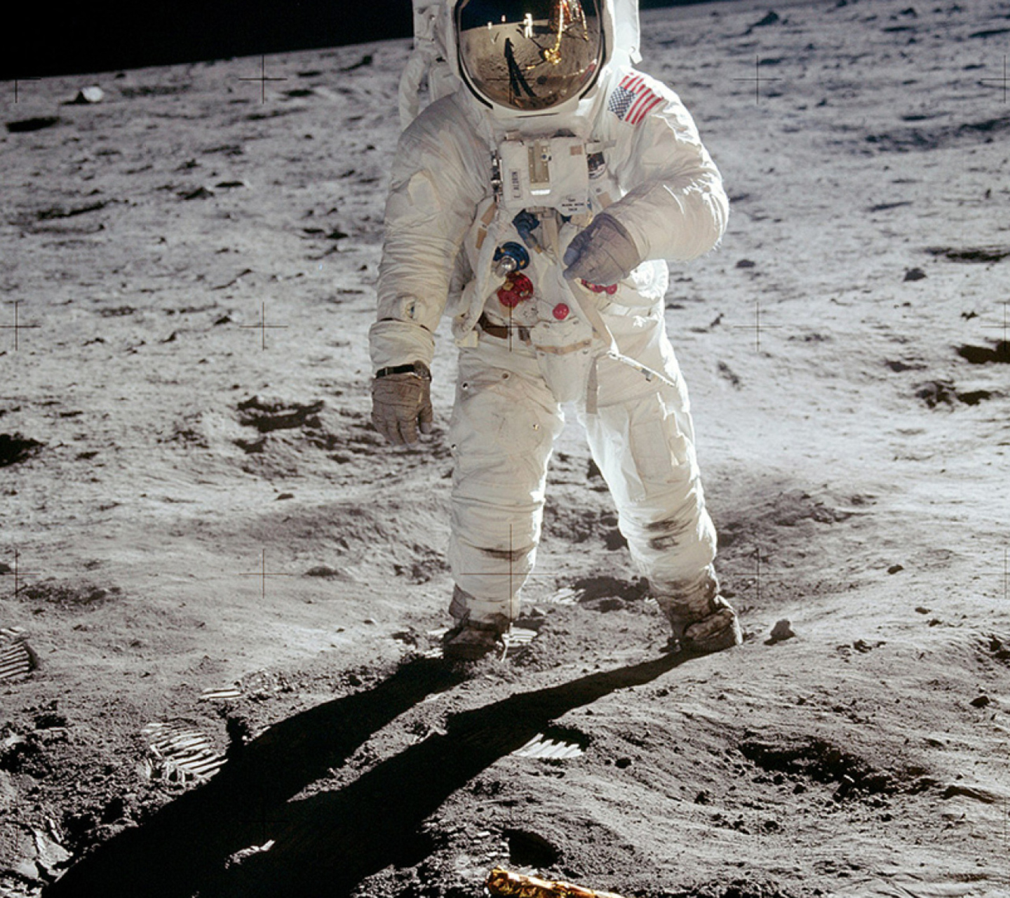 astronaut on the moon pictures - HD 1440×1280