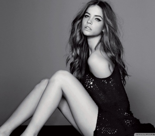 Barbara Palvin Fashion Model Black And White - Fondos de pantalla gratis para iPad Air
