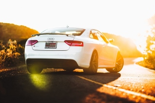 Audi RS 5 Picture for Android, iPhone and iPad