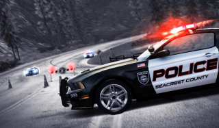 Kostenloses Nfs Hot Pursuit Wallpaper für LG P700 Optimus L7