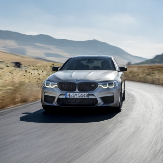 BMW M5 sfondi gratuiti per iPad mini