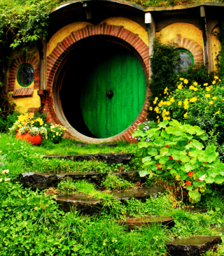 Hobbit House Background for iPhone 4S