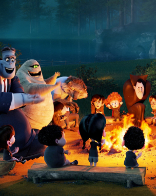Free Hotel Transylvania Picture for iPhone 6 Plus