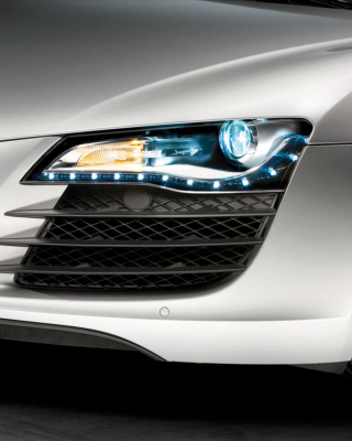 Audi R8 LED Headlights Lamp sfondi gratuiti per iPhone 4S