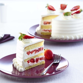 Fresh Strawberry Cake sfondi gratuiti per 1024x1024