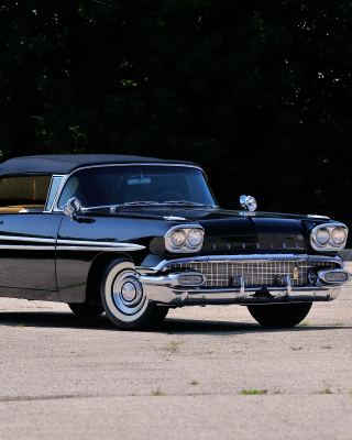 1958 Pontiac Chieftain Picture for HTC Titan