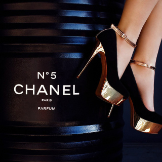 Chanel 5 Picture for iPad 3